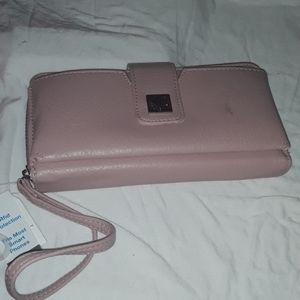 {Time&Tru} NWT Blush Ainsley Bulk Clutch